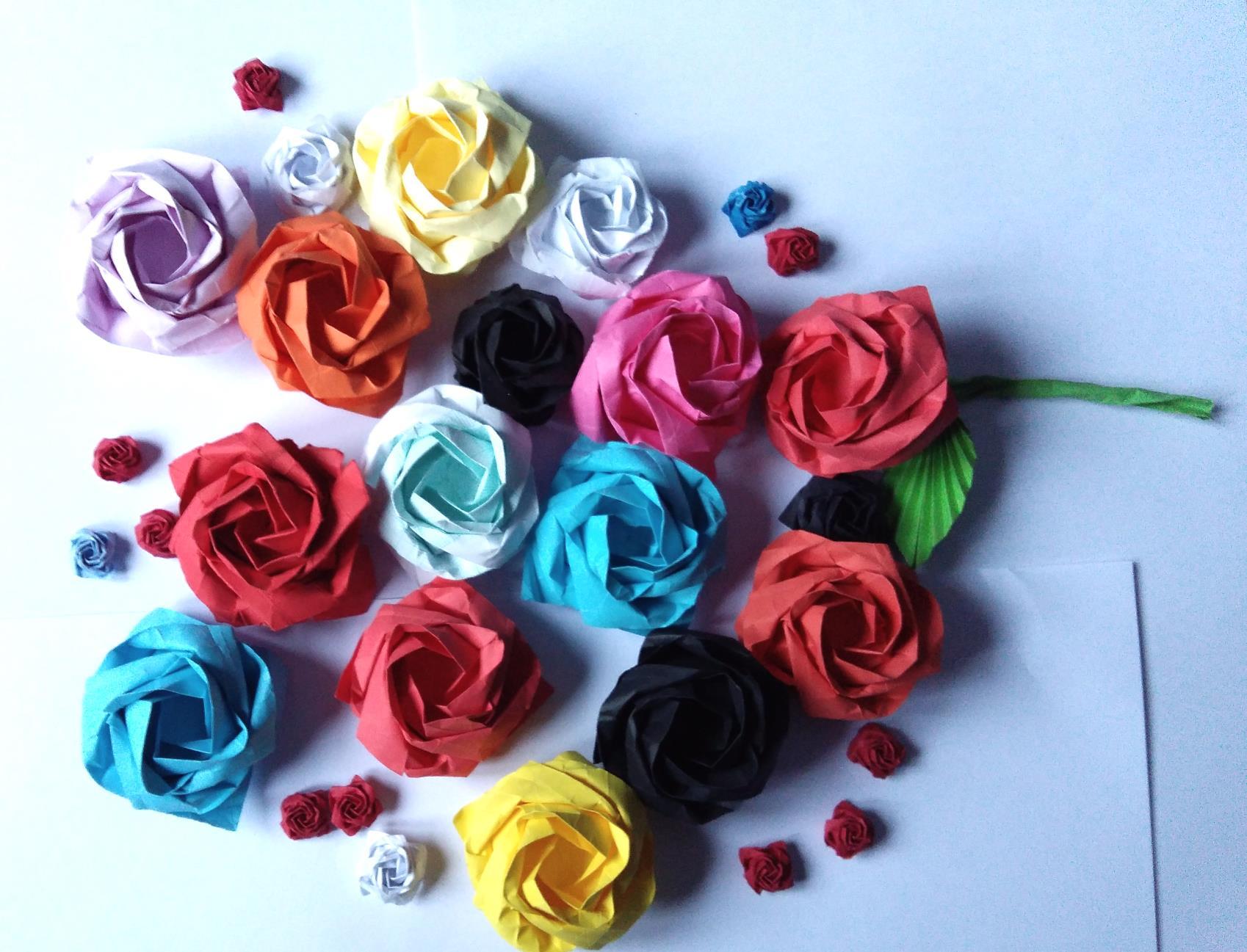 Origami Rose Tutorial - Kawasaki Rose - YouTube | 1297x1698